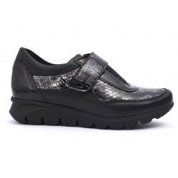 Zapato Baerchi Velcro...